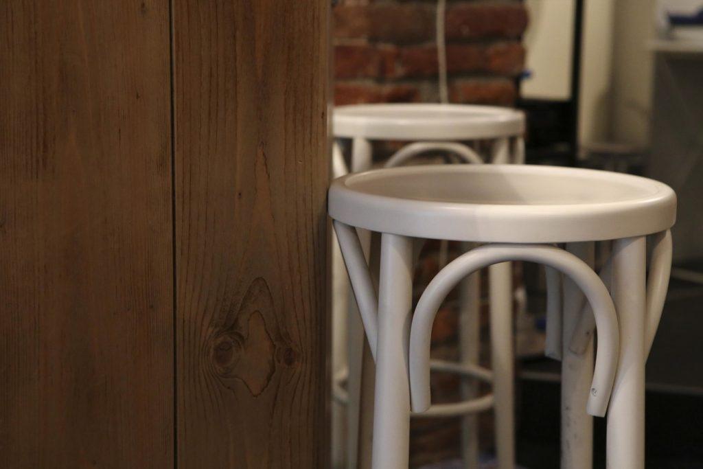 Don Tannino dettaglio tavoli e sedie